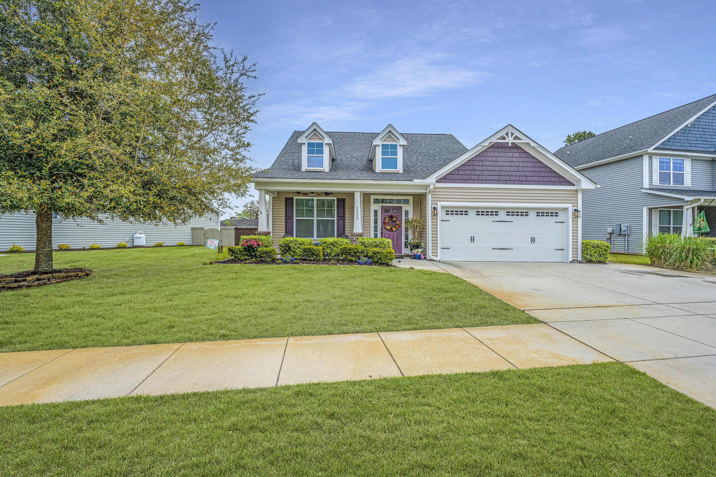 Linnen Place Homes For Sale - 2625 Lohr, Mount Pleasant, SC - 1