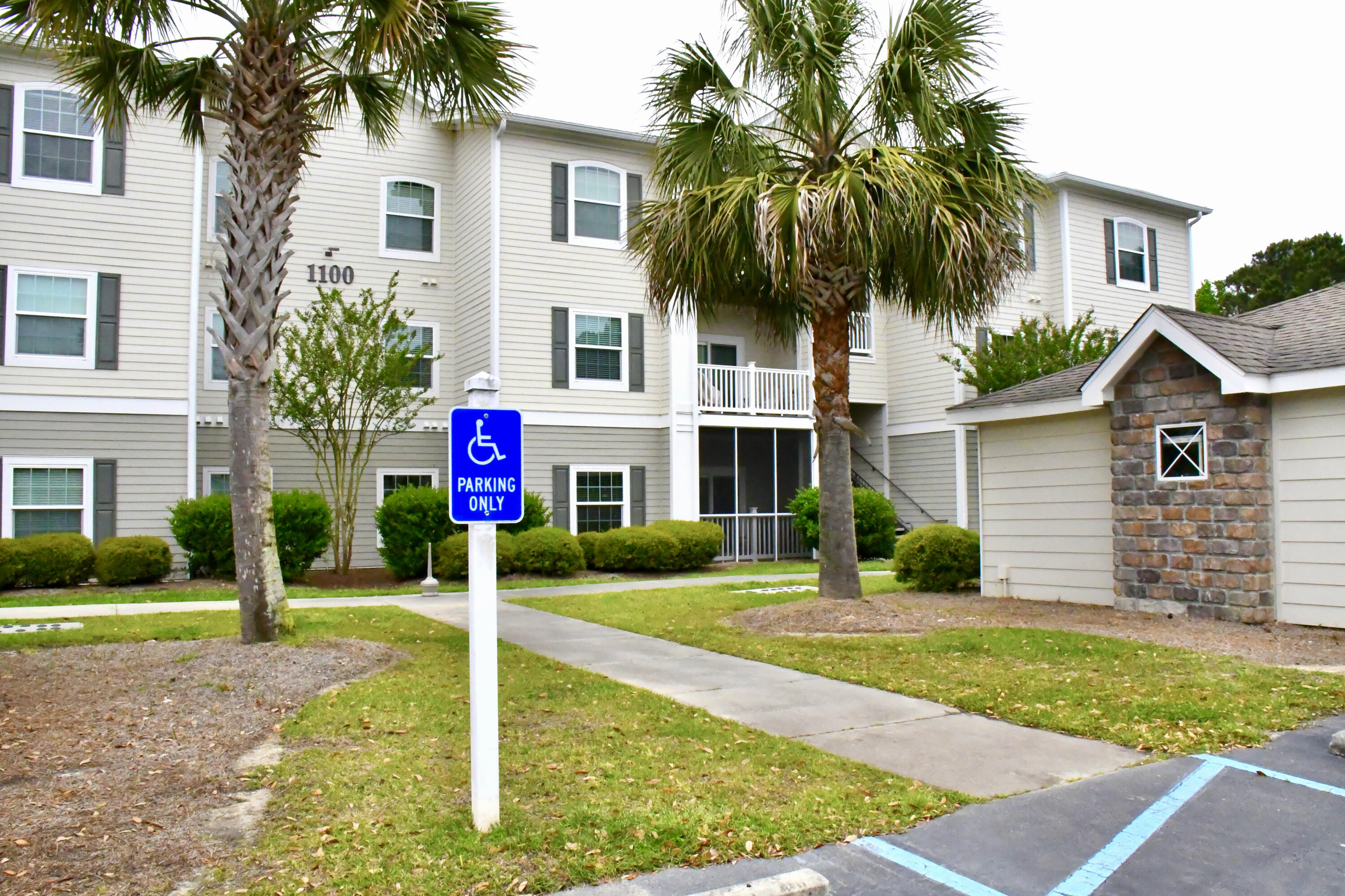 1300 Park West Boulevard UNIT #1119 Mount Pleasant, SC 29466