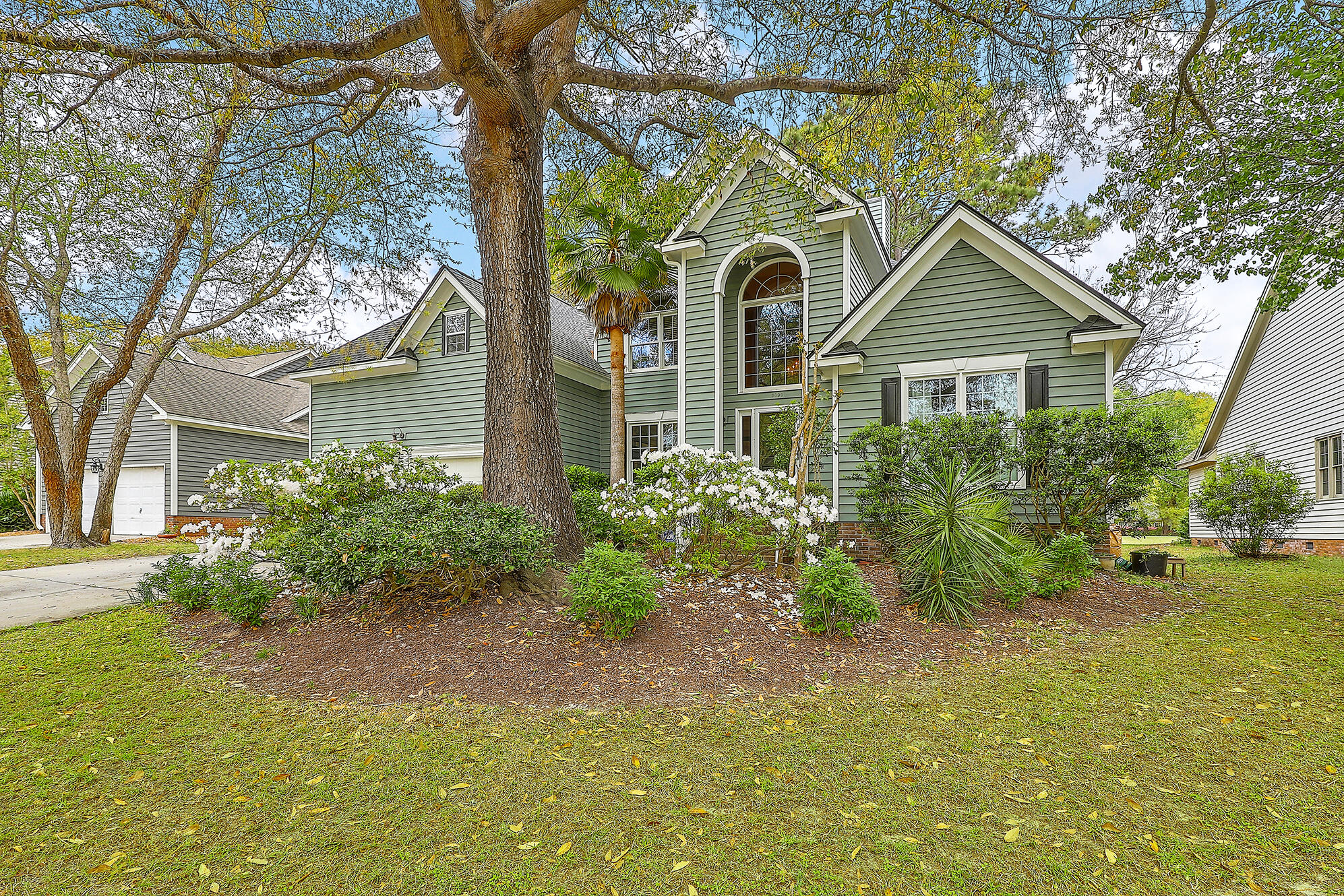 3090 Linksland Road Mount Pleasant, SC 29466
