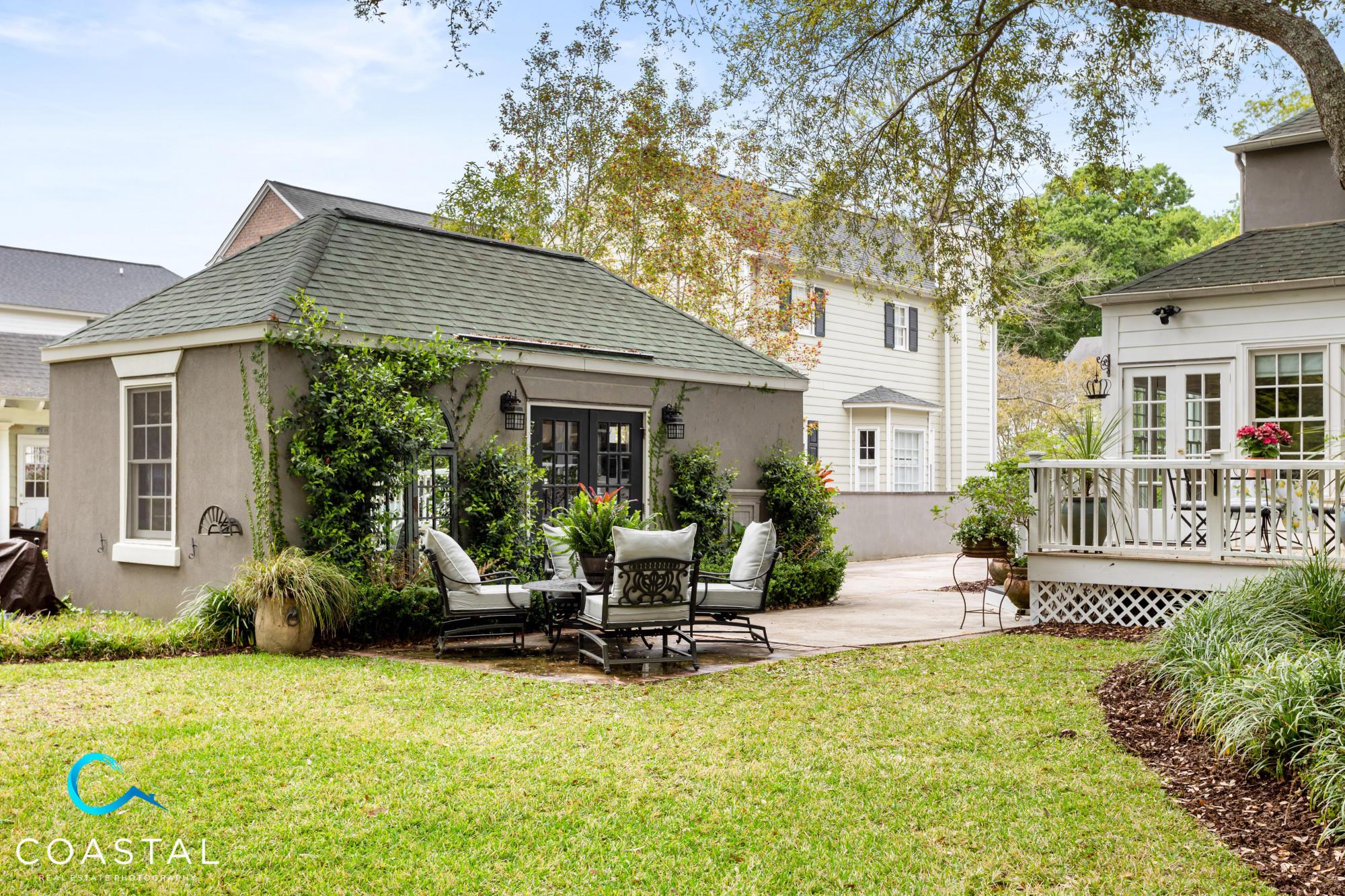 Snee Farm Homes For Sale - 1066 Loyalist, Mount Pleasant, SC - 44