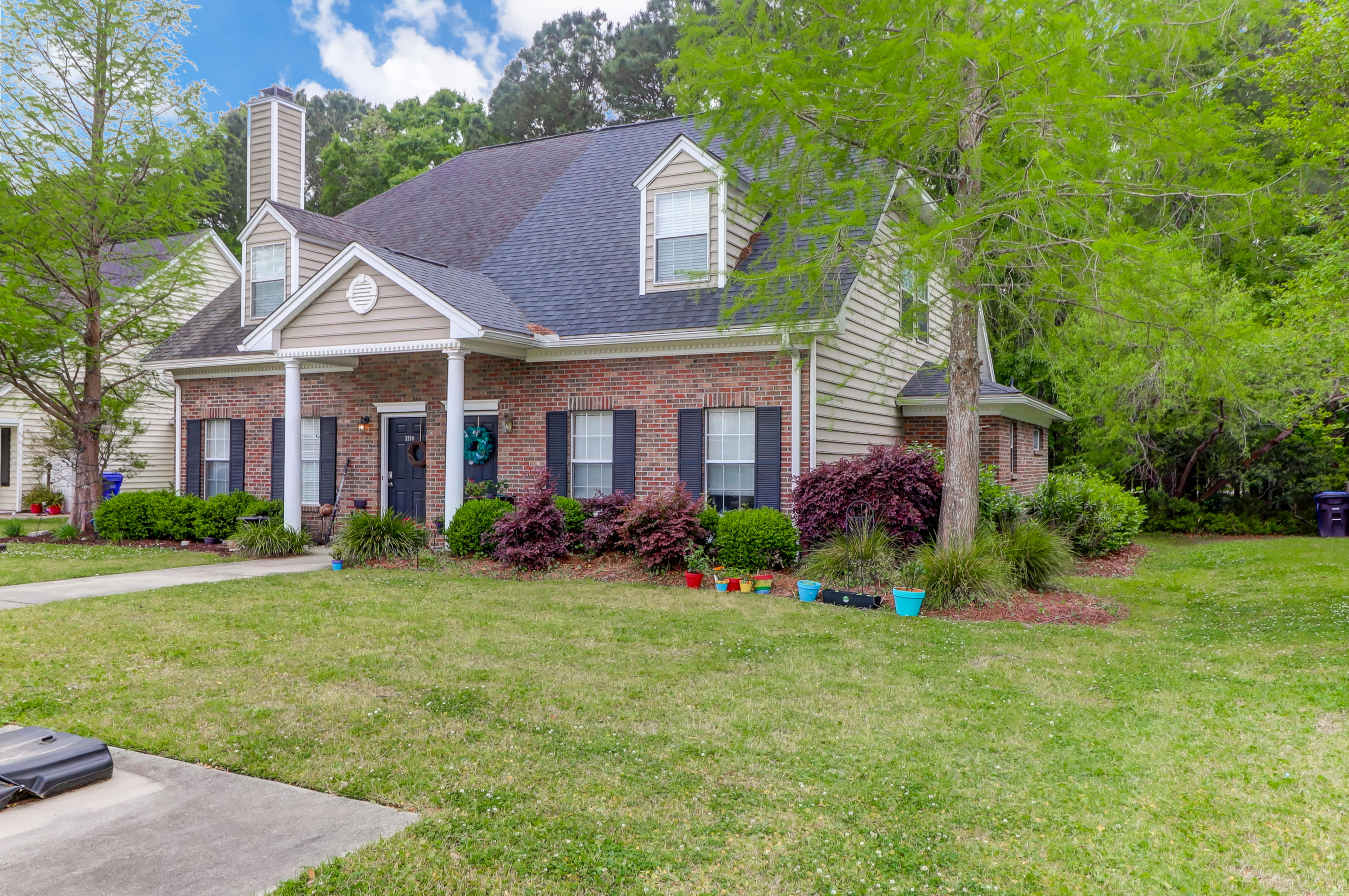 2204 Kings Gate Lane Mount Pleasant, SC 29466