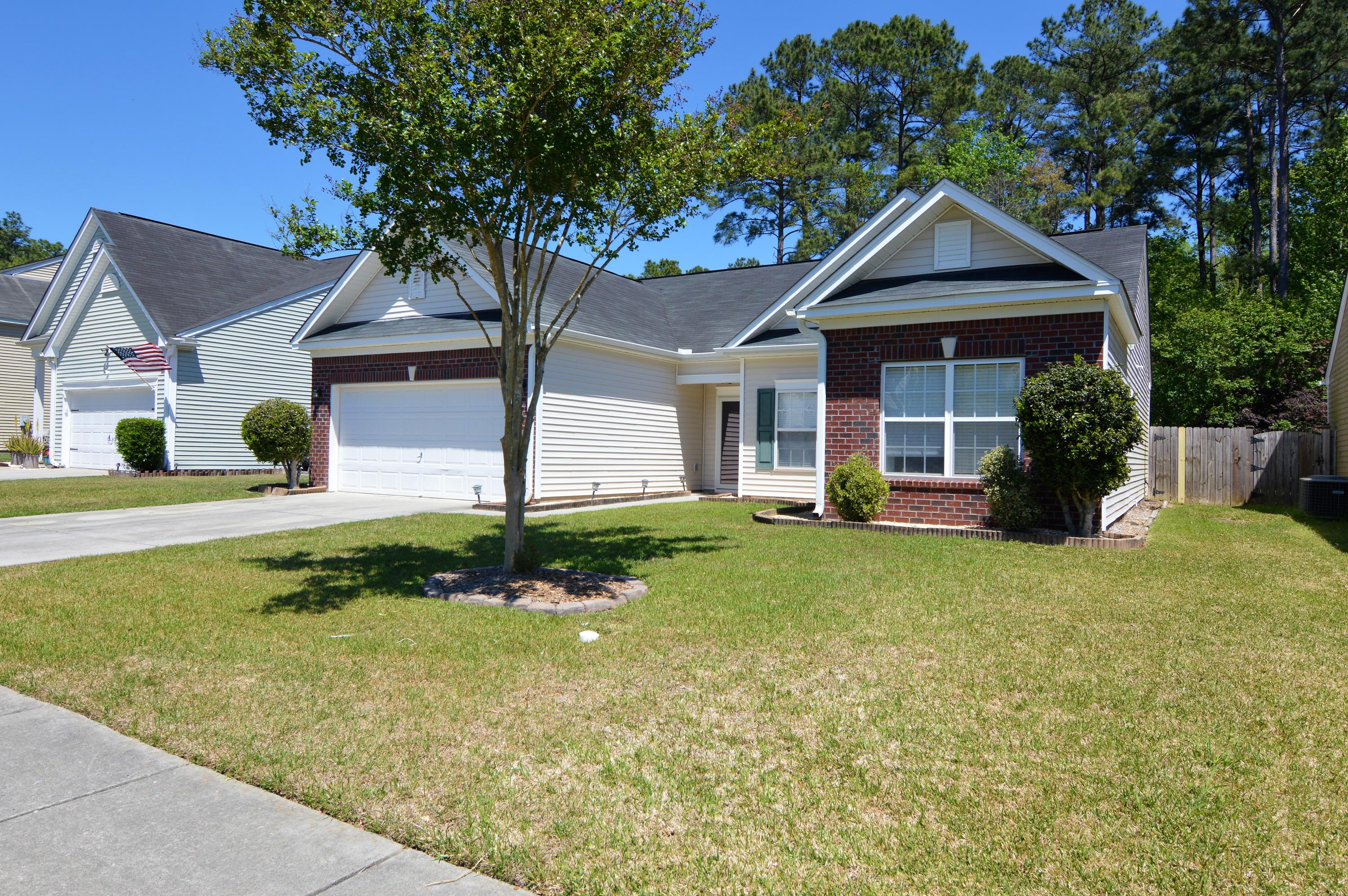 3358 Middlesboro Avenue Summerville, SC 29485