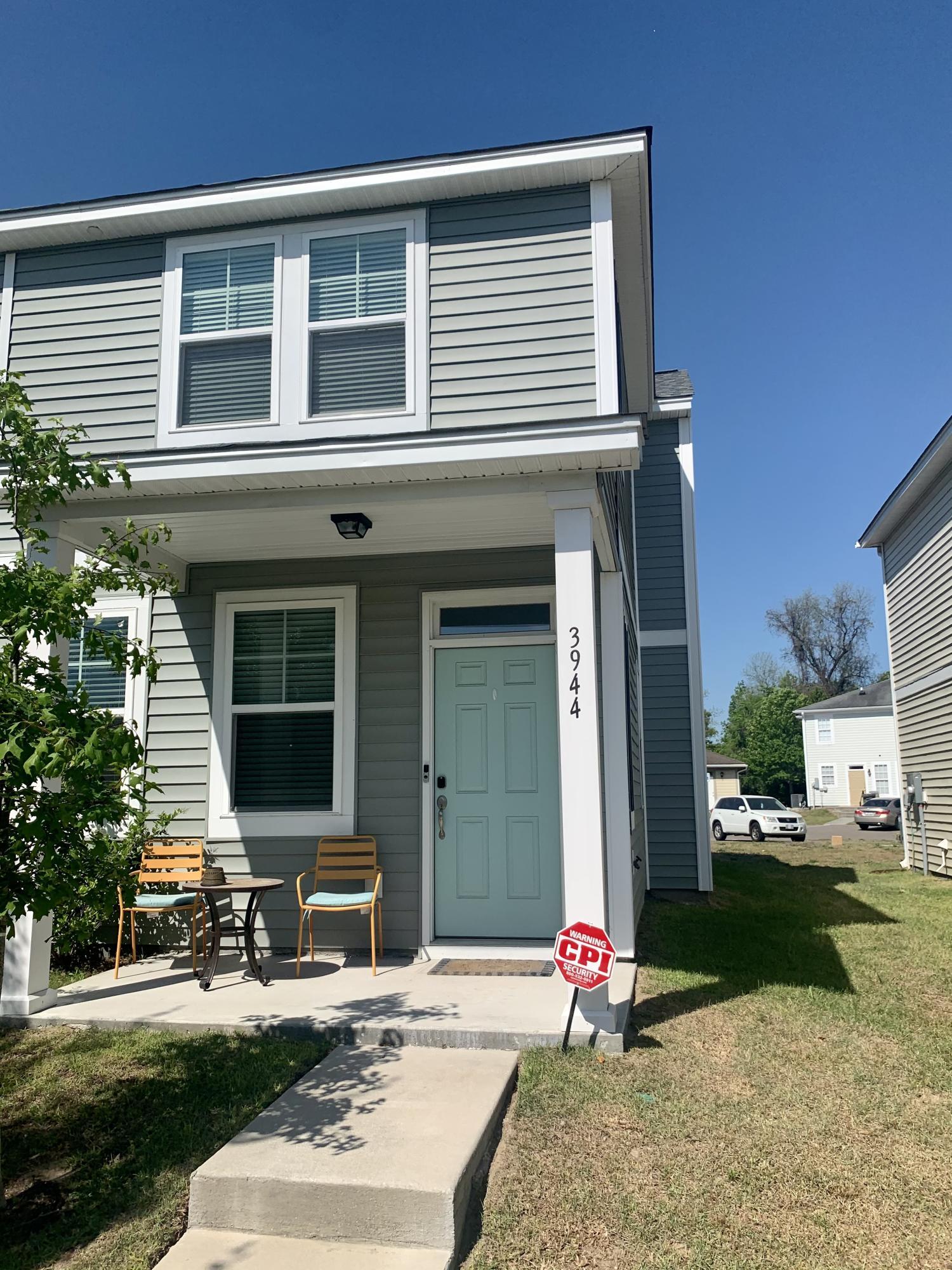 3944 Rhett Park Drive North Charleston, SC 29405