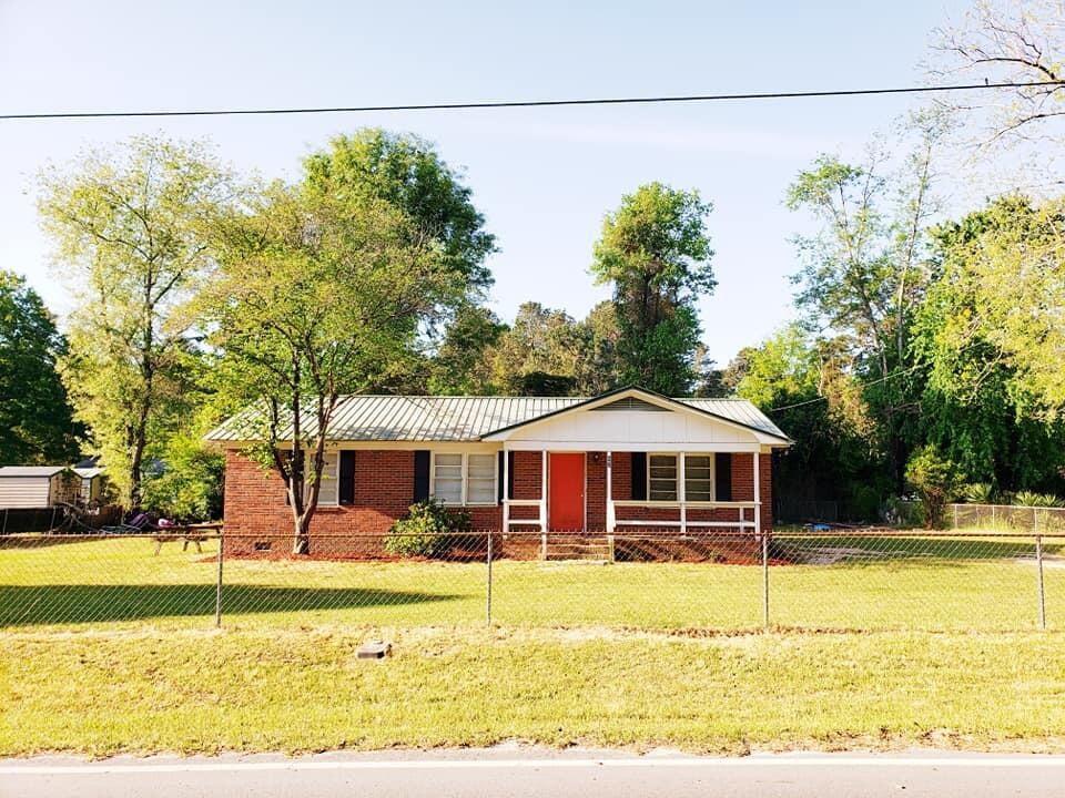 62 Knights Avenue Walterboro, SC 29488