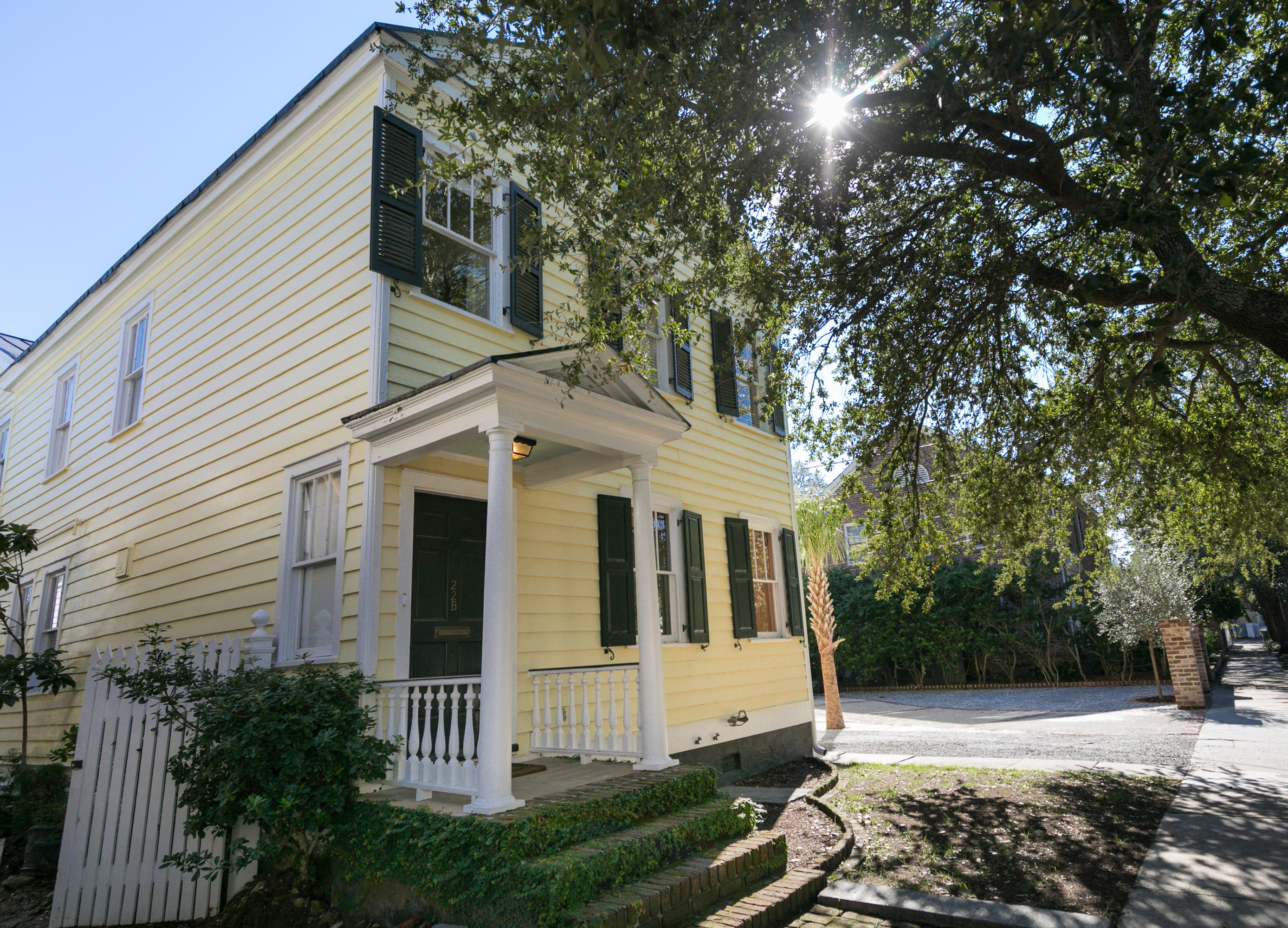South of Broad Homes For Sale - 22 Council, Charleston, SC - 7