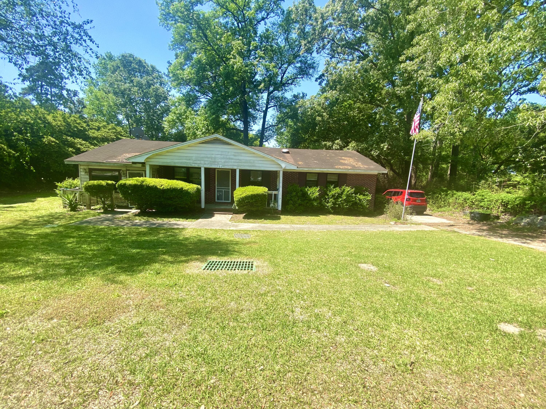 102 Hampton Avenue Goose Creek, SC 29445