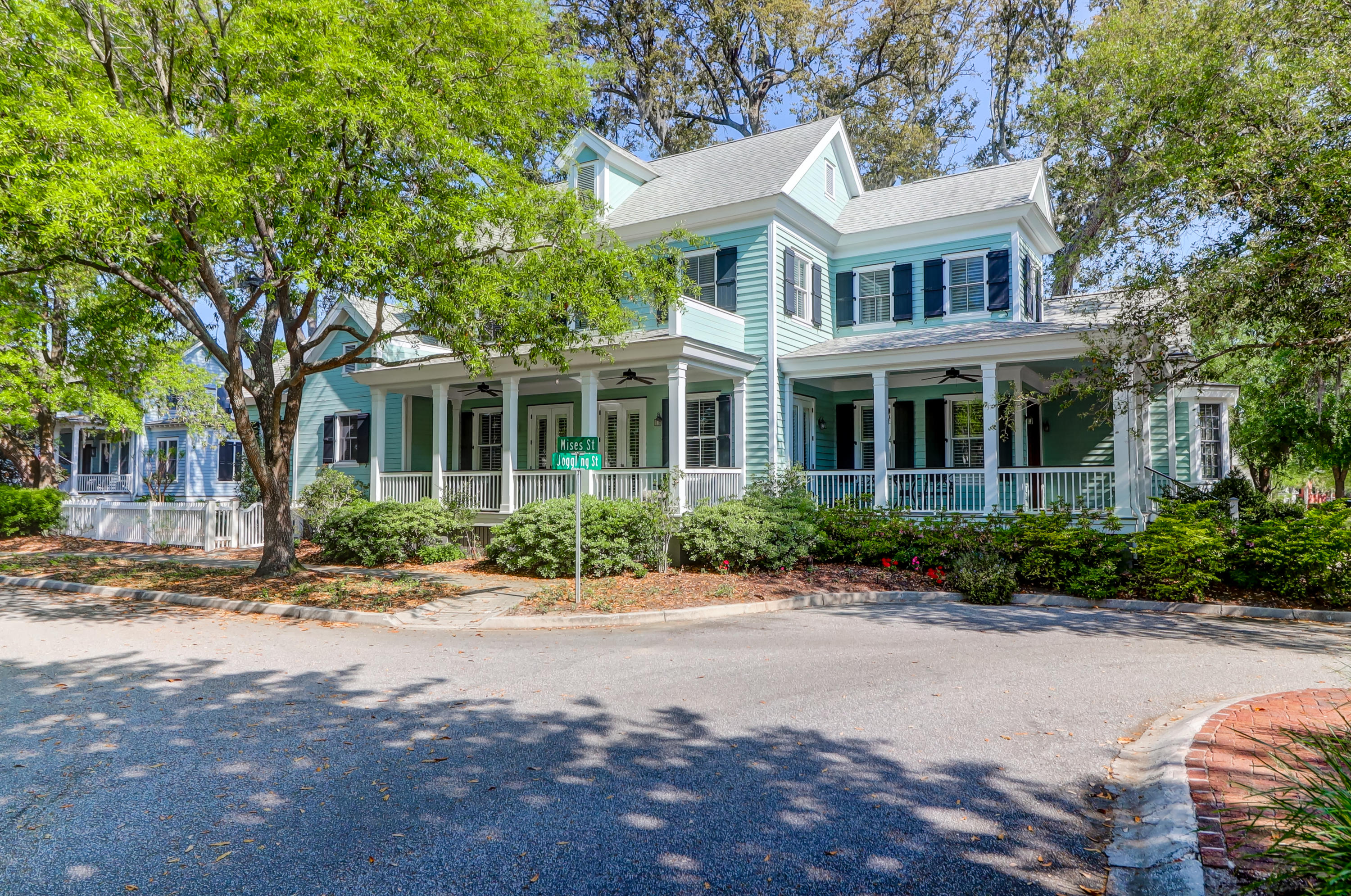 47 Joggling Street Mount Pleasant, SC 29464