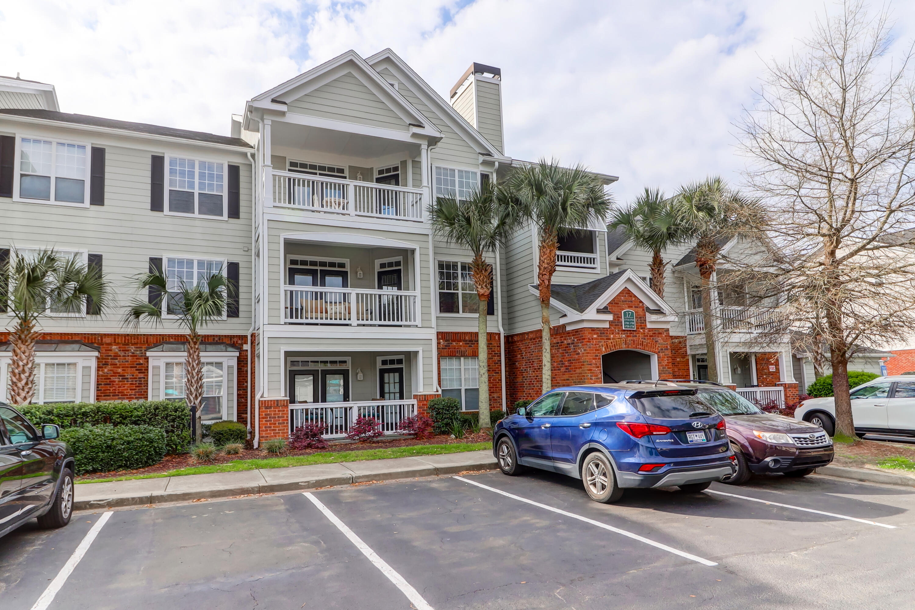 45 Sycamore Avenue UNIT #1735 Charleston, SC 29407