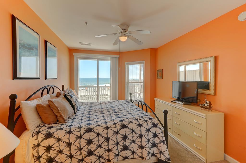 Seaside Villas I Homes For Sale - 111 Arctic, Folly Beach, SC - 12