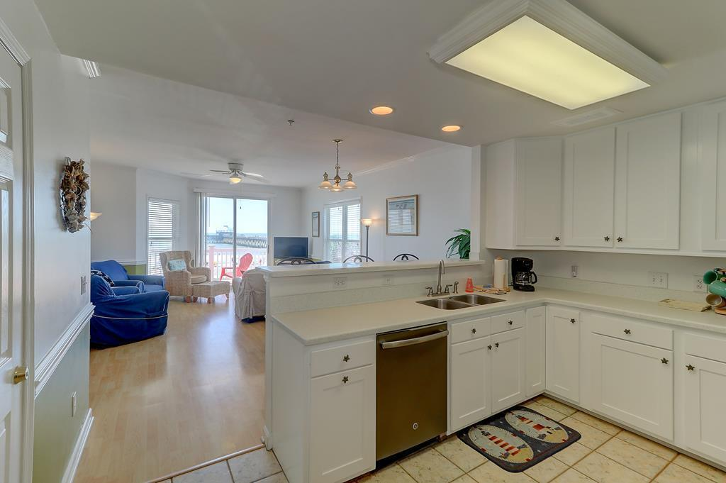 Seaside Villas I Homes For Sale - 111 Arctic, Folly Beach, SC - 23