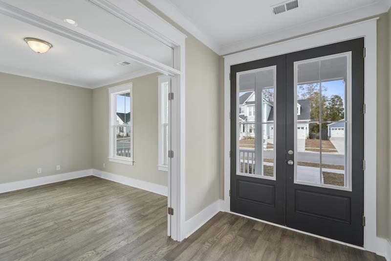 Carnes Crossroads Homes For Sale - 161 Hewitt, Summerville, SC - 18