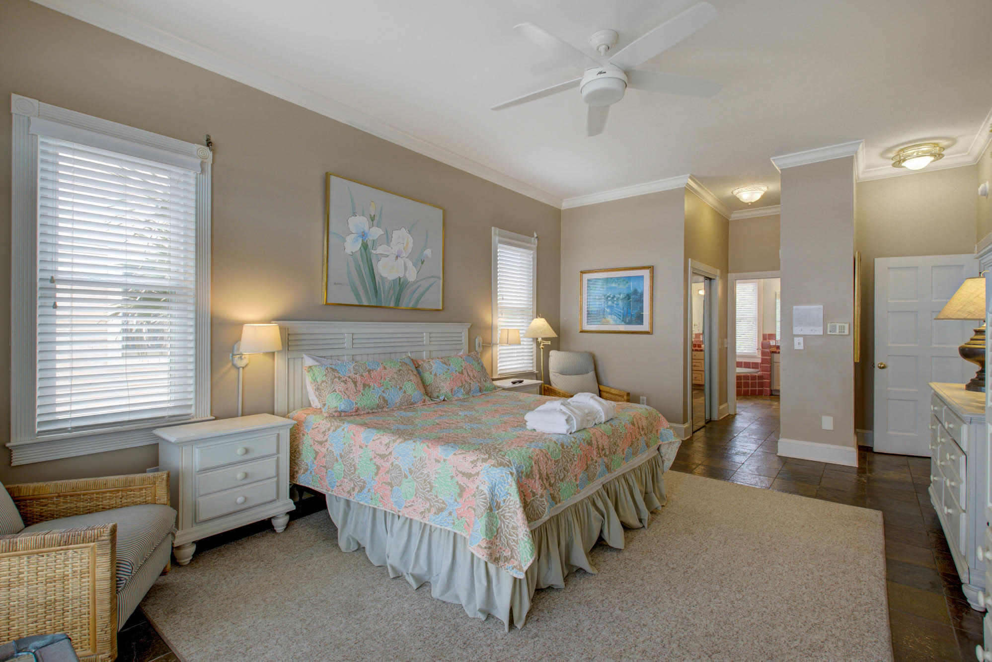 613 W Ashley Avenue Folly Beach, SC 29439