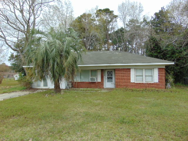 2736 Shadow Lane North Charleston, SC 29406