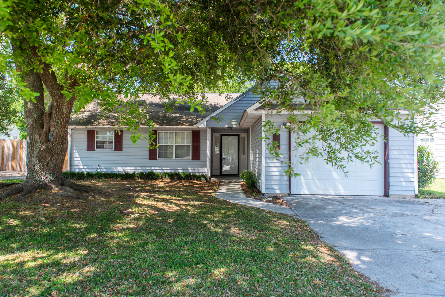 8585 Brookforest Drive Charleston, SC 29406