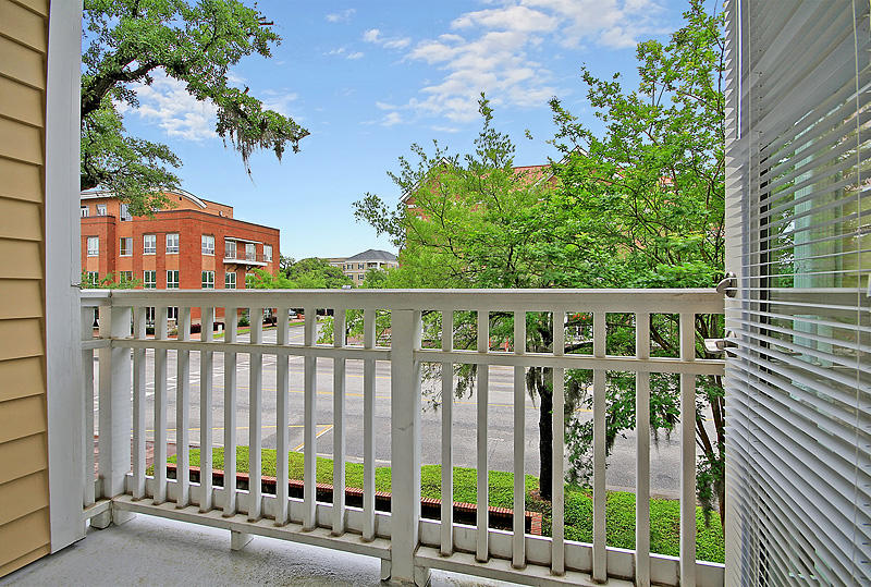 260 Seven Farms Drive UNIT #302 Charleston, SC 29492