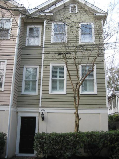 13 1/2 Kirkland Lane Charleston, SC 29401