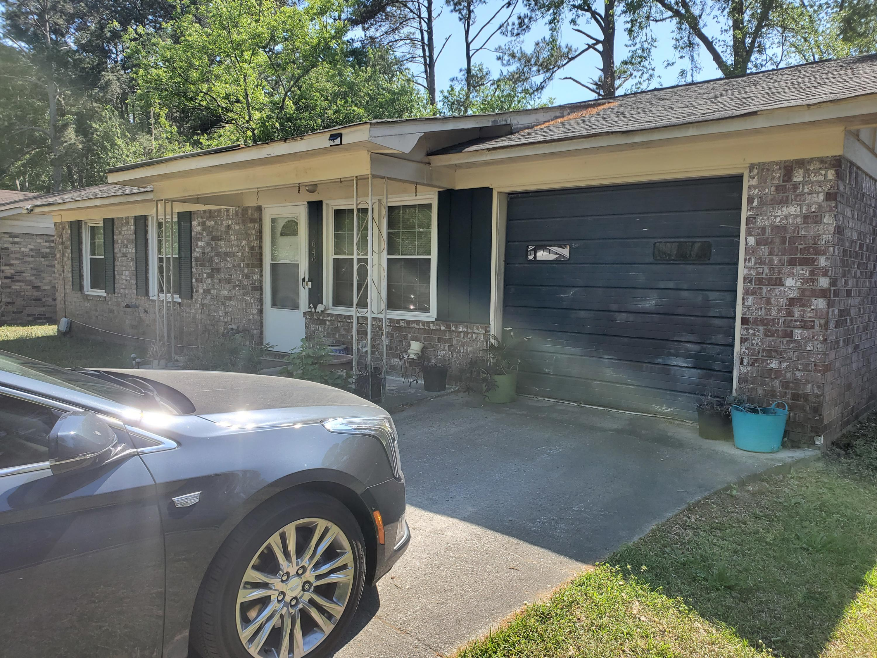7649 Crossgate Boulevard North Charleston, SC 29420