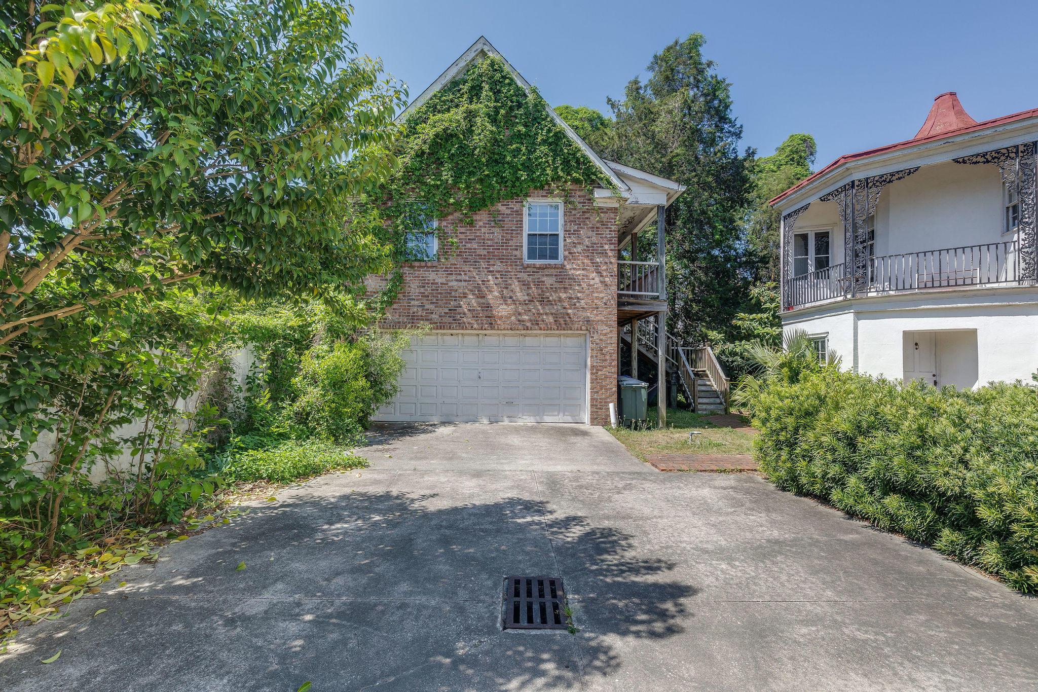 138 & 140 Wentworth Street Charleston, SC 29401