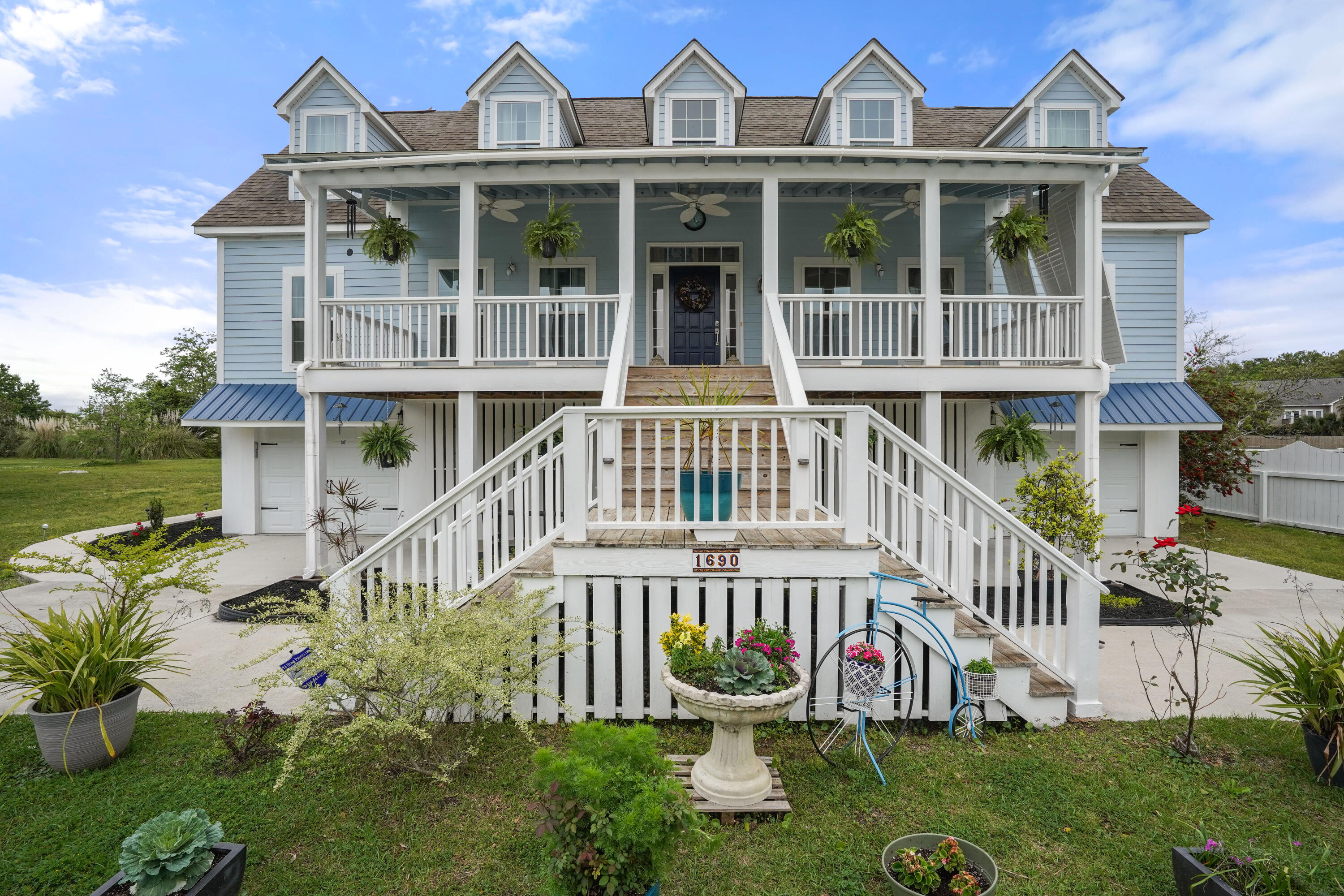 1690 Old Military Road Charleston, SC 29412