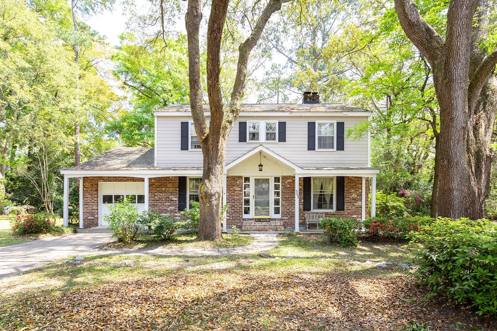 303 Coinbow Drive Mount Pleasant, SC 29464