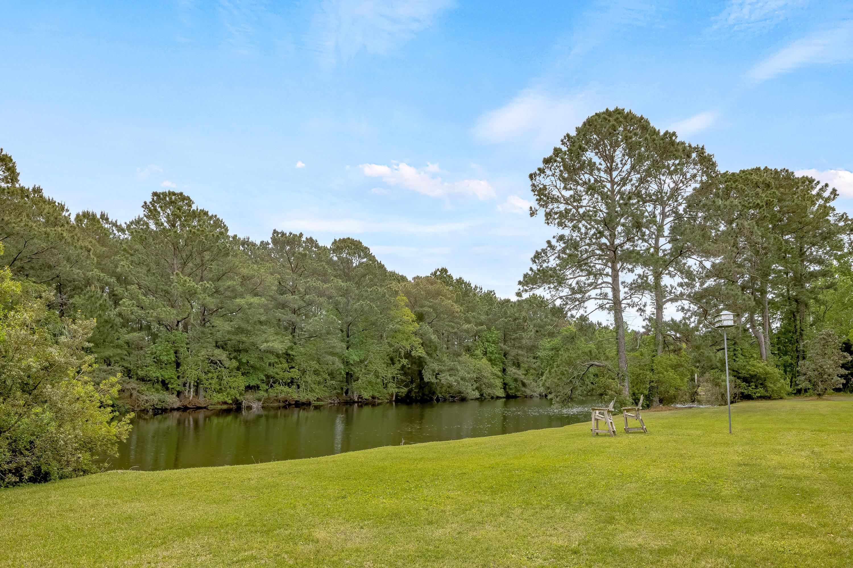 Snee Farm Homes For Sale - 906 Plantation, Mount Pleasant, SC - 4