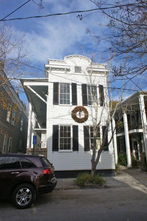 15 Savage Street UNIT A Charleston, SC 29401