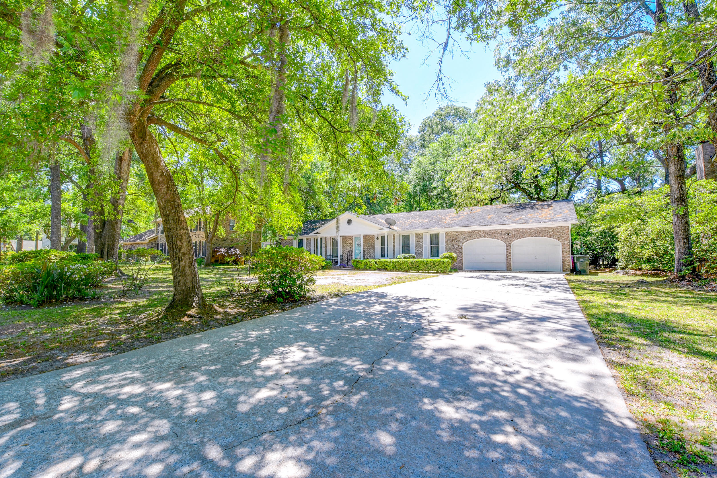 23 Hunters Forest Drive Charleston, SC 29414