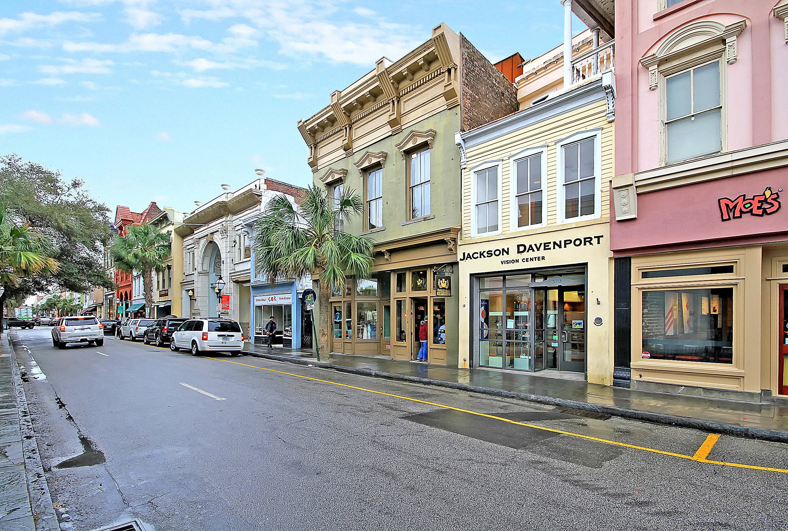 377 King St UNIT #206 Charleston, SC 29401