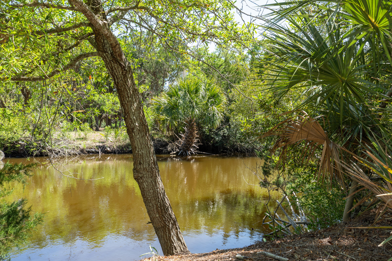 27 Planters Retreat Edisto Island, SC 29438