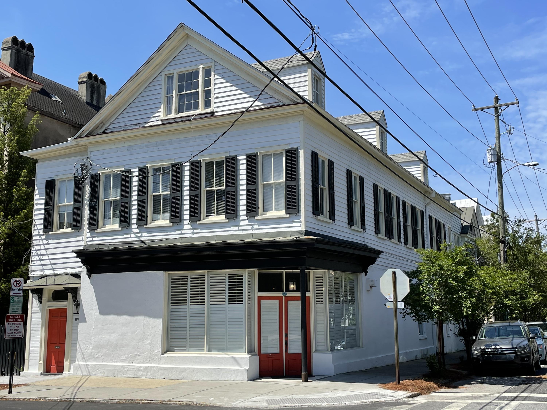 157 1/2 Queen Street Charleston, SC 29401