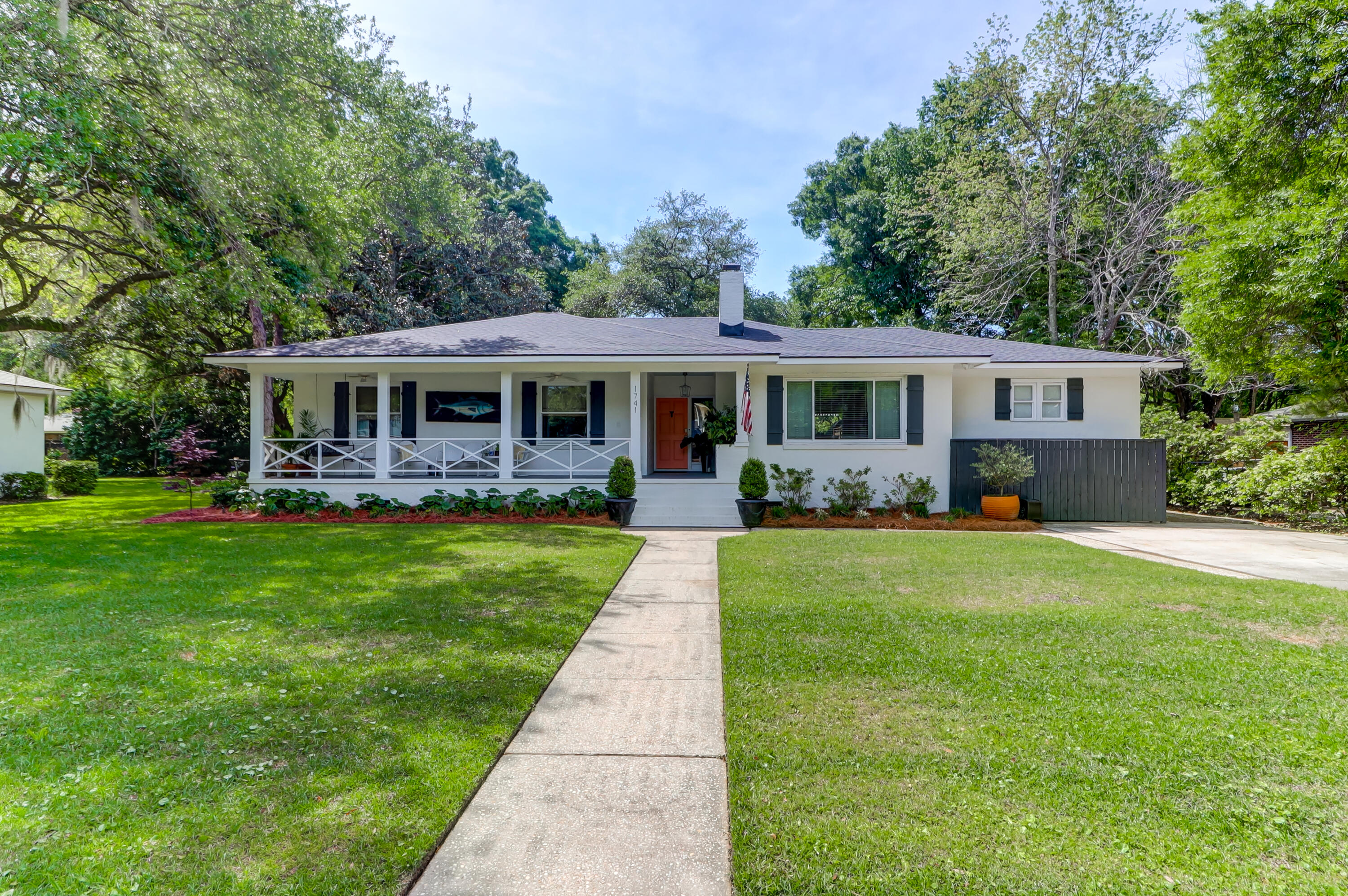 1741 Wambaw Avenue Charleston, SC 29412