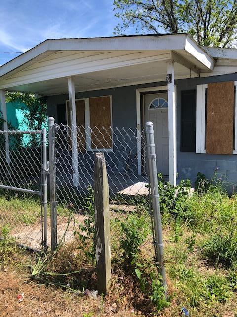 2029 Groveland Avenue North Charleston, SC 29405