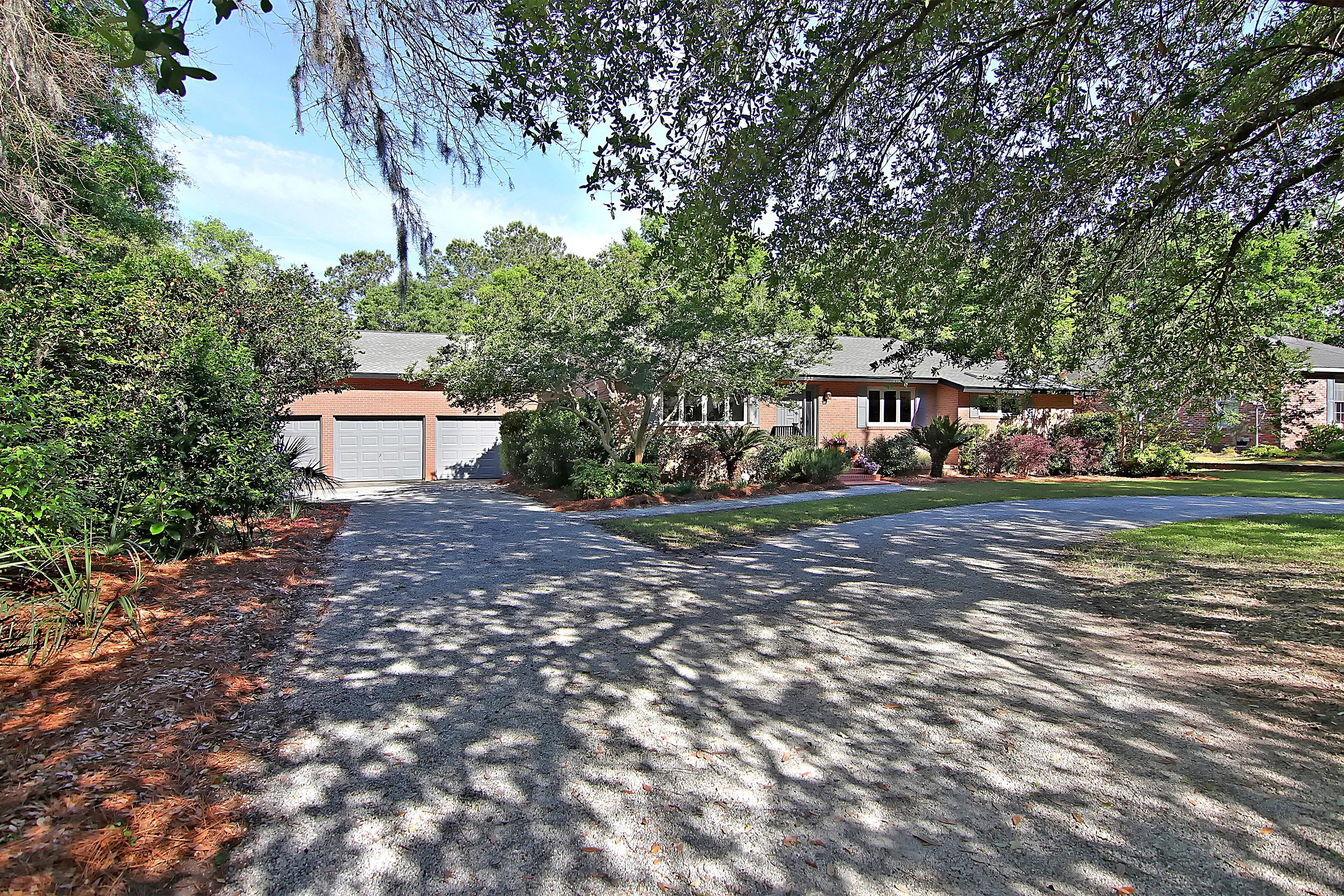 233 Coinbow Circle Mount Pleasant, SC 29464