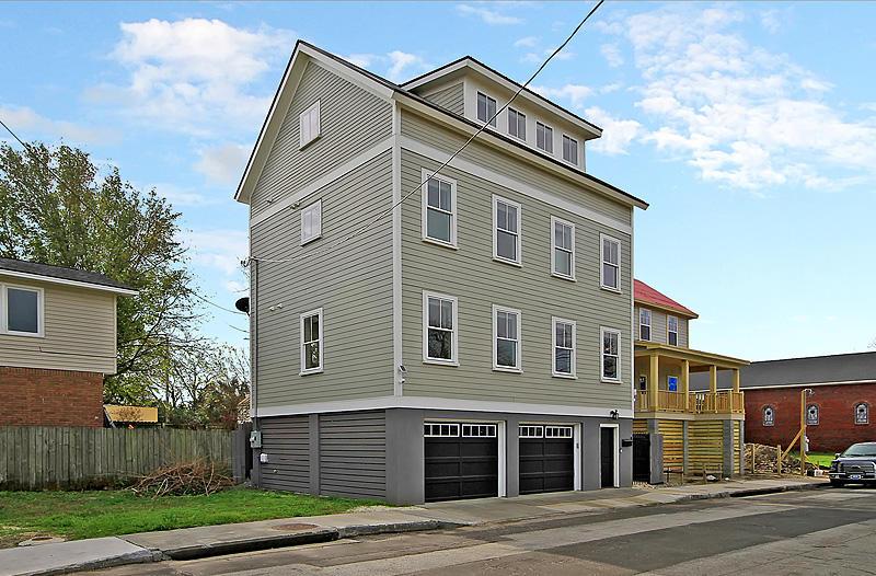 83 Cooper Street Charleston, SC 29403