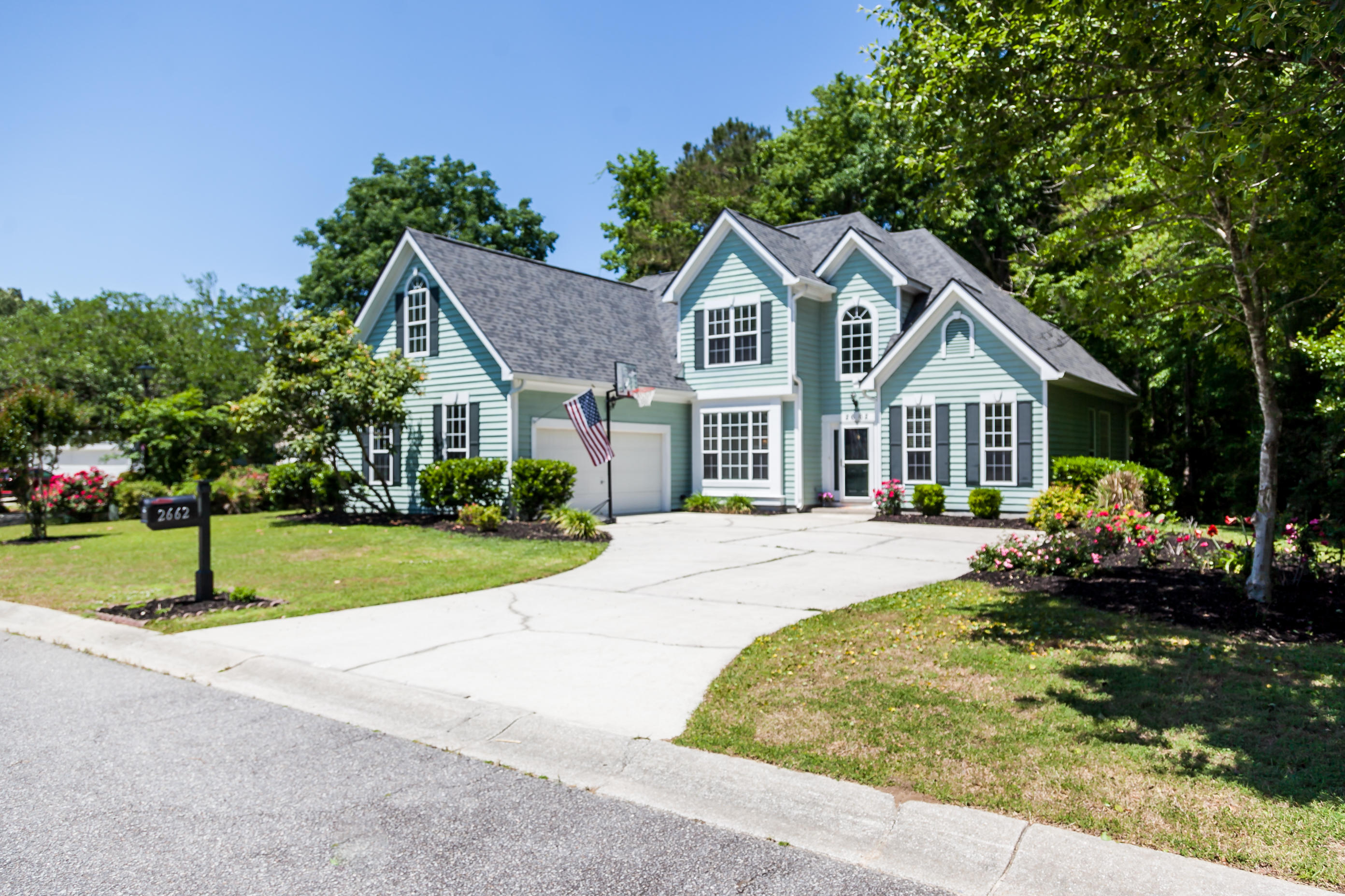 2662 Scarlet Oak Court Mount Pleasant, SC 29466