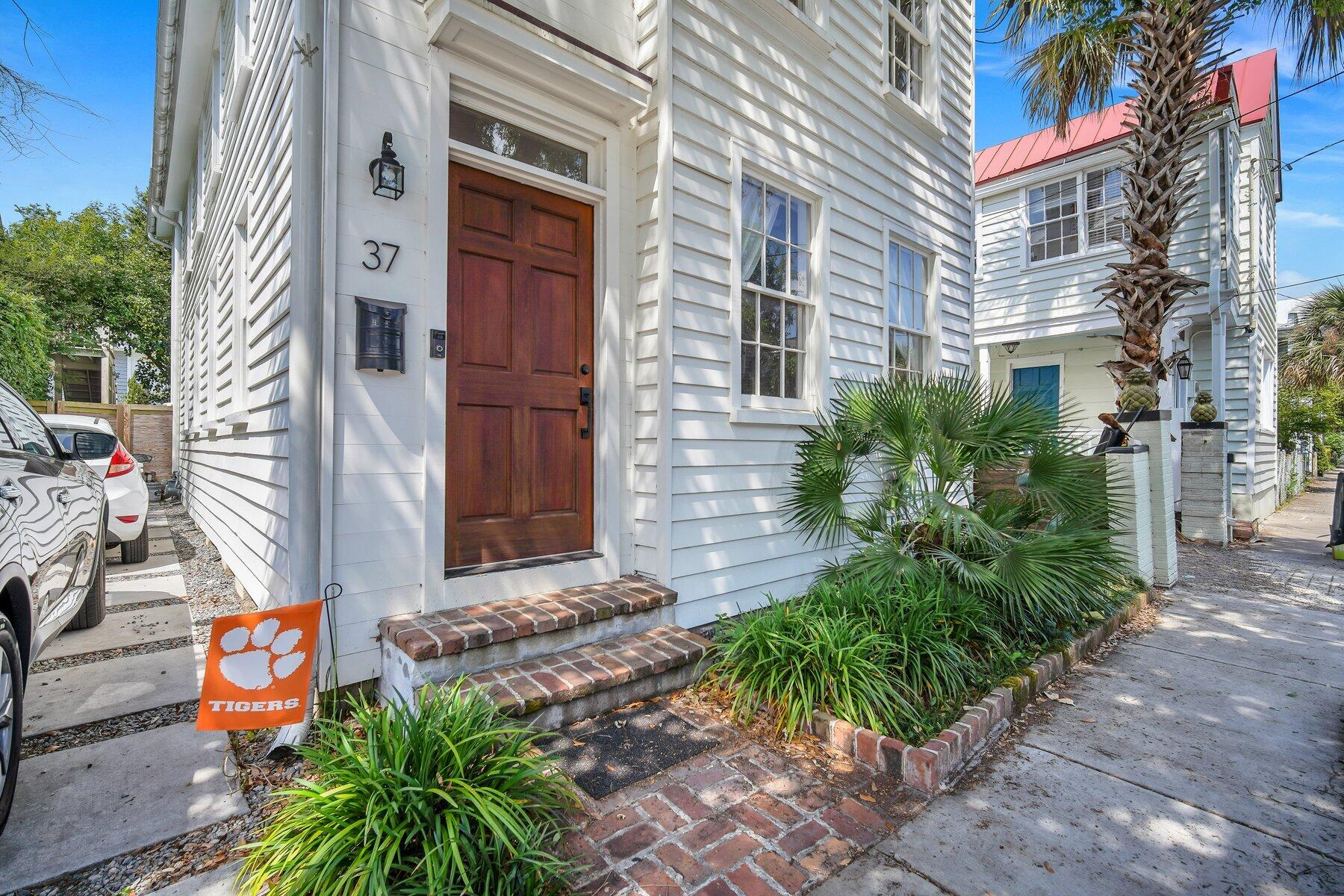 37 Ashe Street Charleston, SC 29403