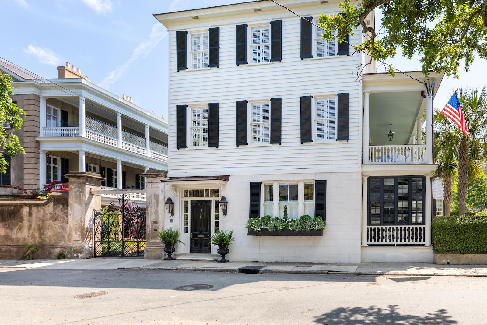 6 Legare Street Charleston, SC 29401