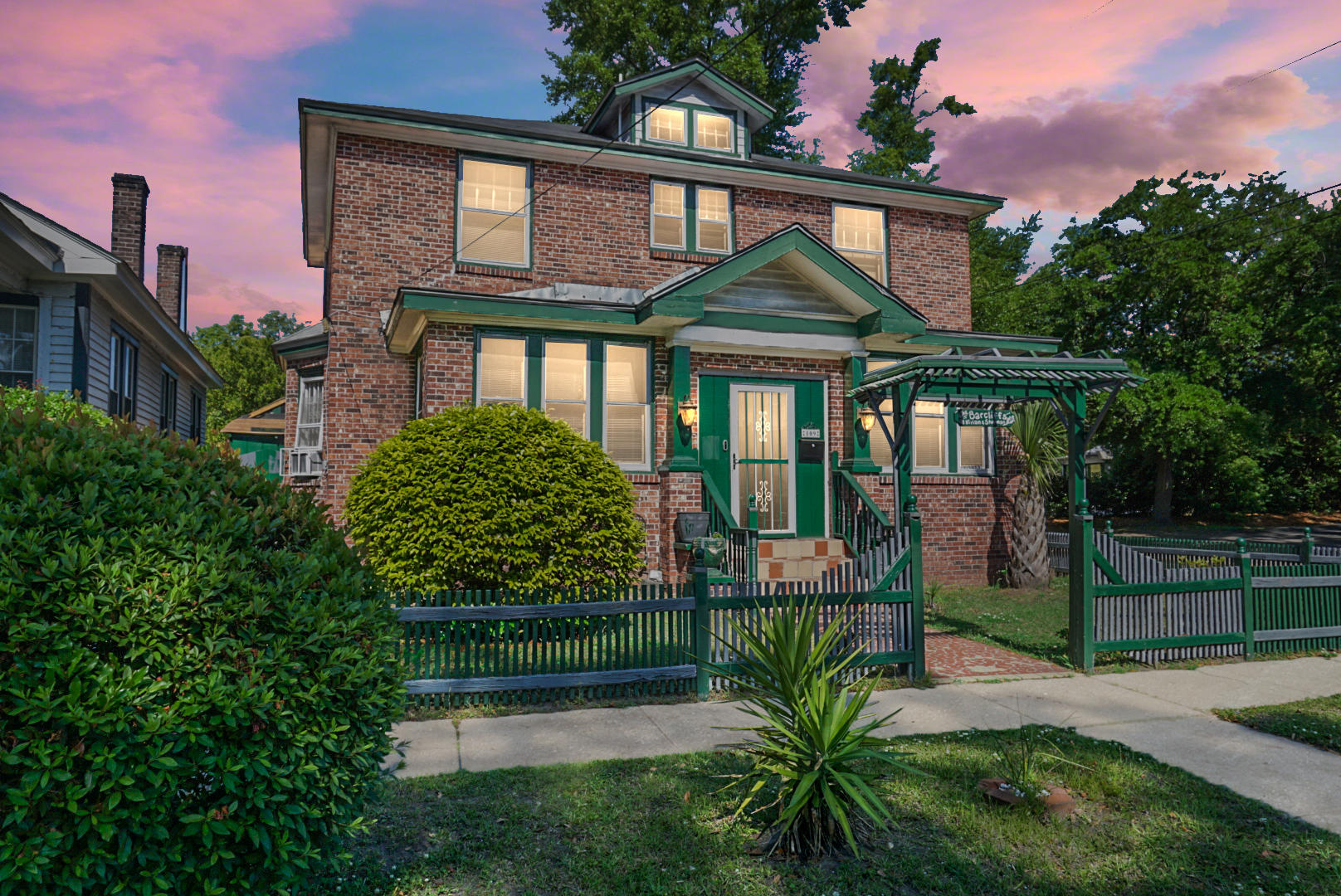 109 Magnolia Avenue Charleston, SC 29403