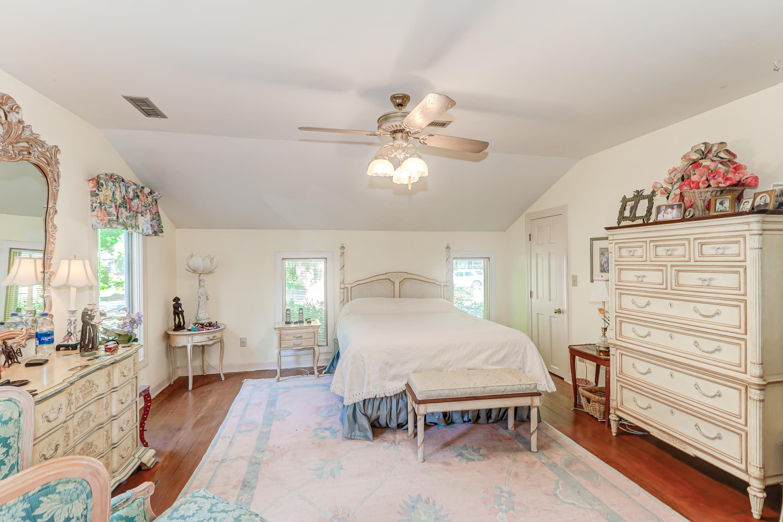 Snee Farm Homes For Sale - 1031 Royalist, Mount Pleasant, SC - 12