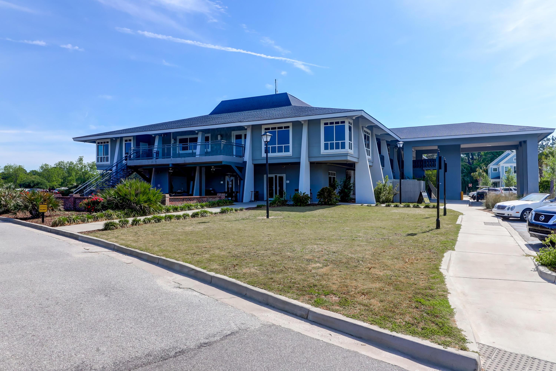 Snee Farm Homes For Sale - 1031 Royalist, Mount Pleasant, SC - 40