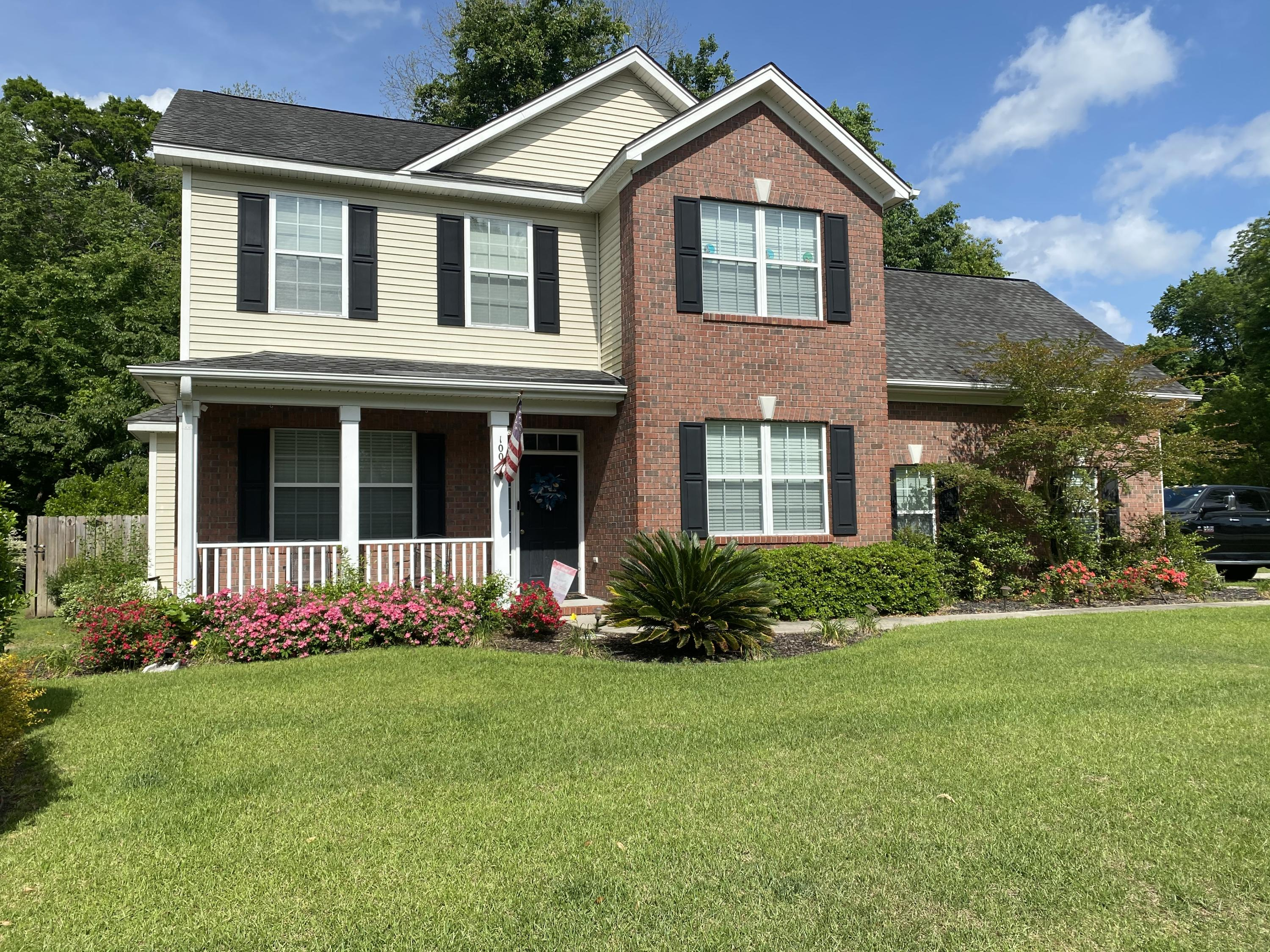 100 North Park Avenue Summerville, SC 29485