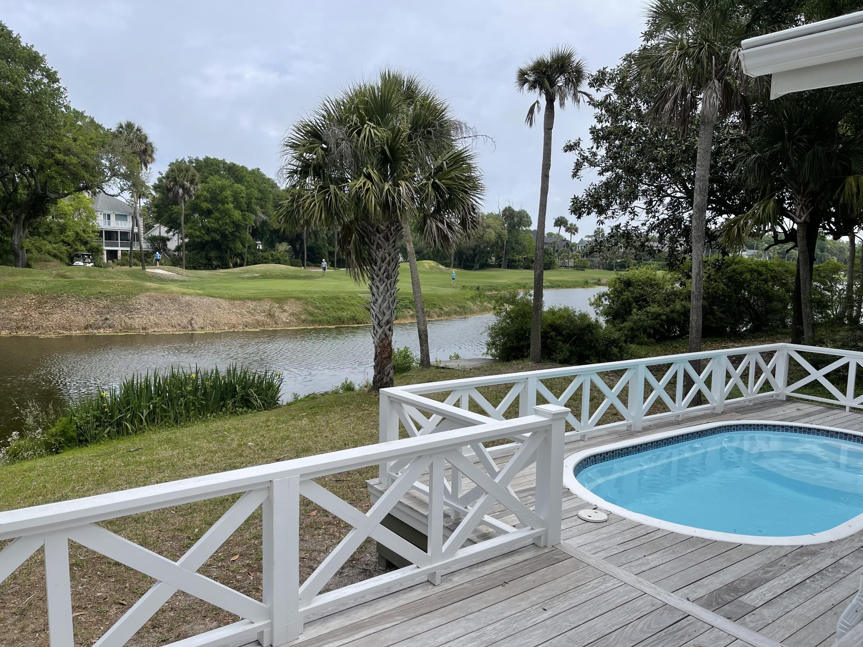 18 Oyster Row Isle Of Palms, SC 29451