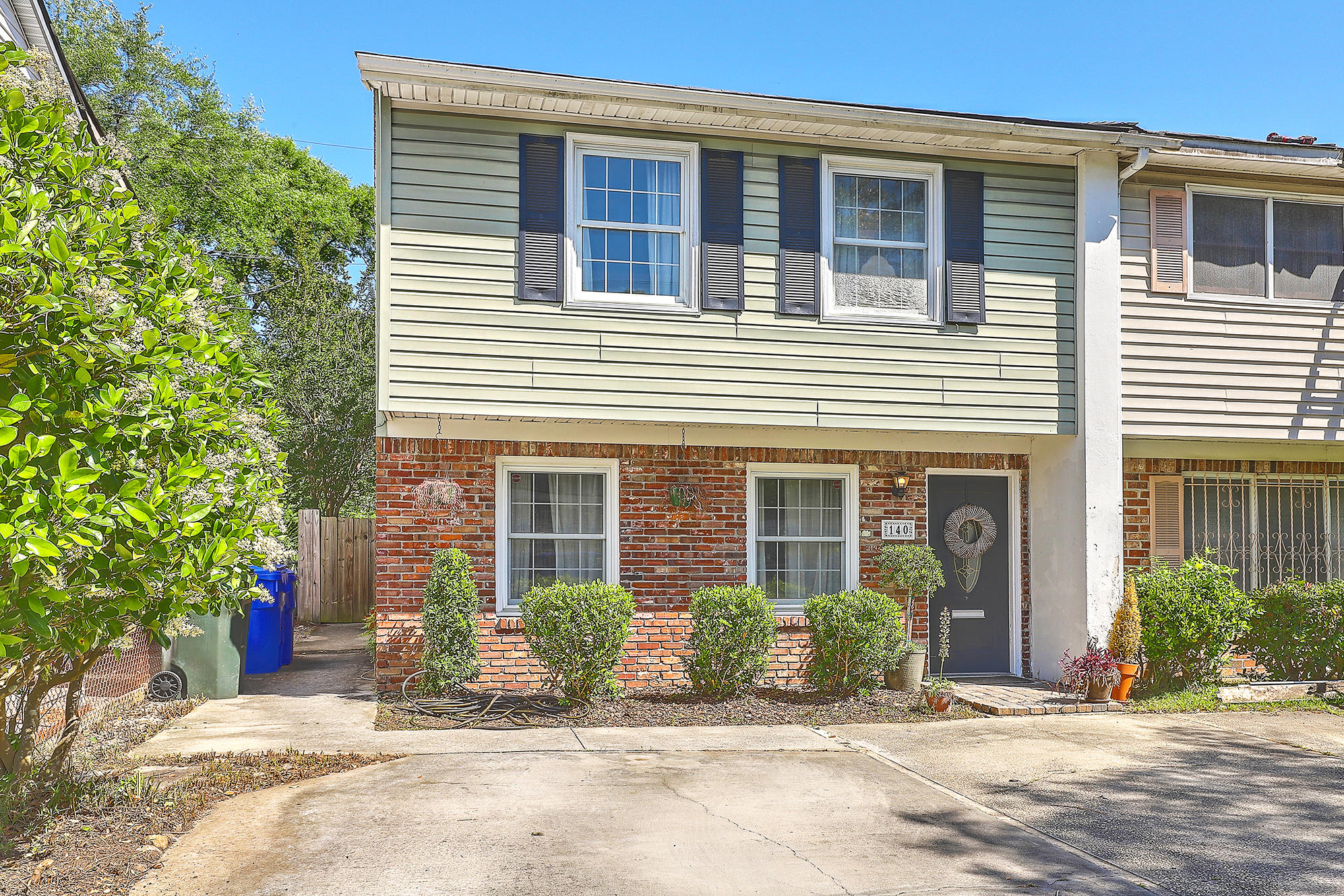 140 Gordon Street Charleston, SC 29403