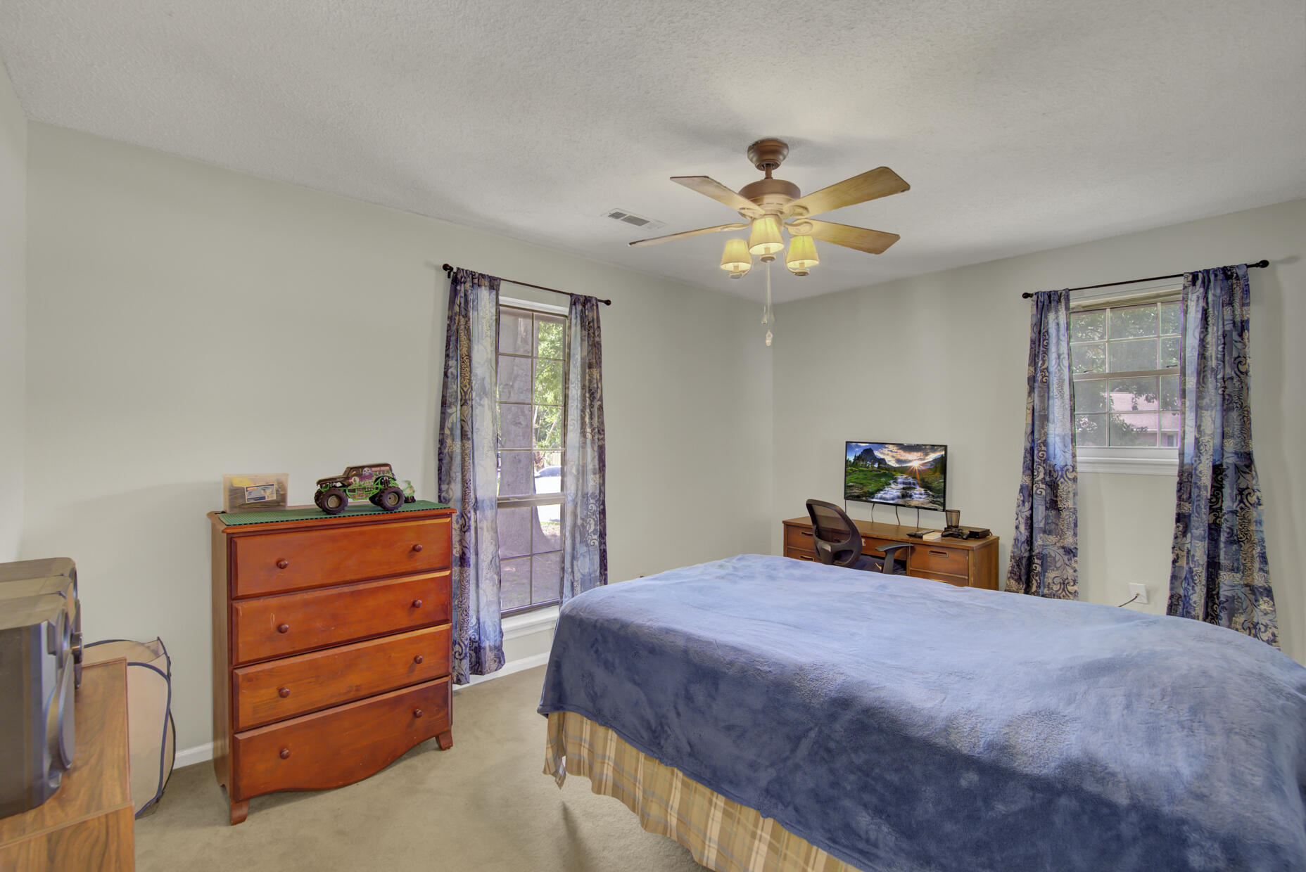 95 Nightingale Charleston, SC 29418