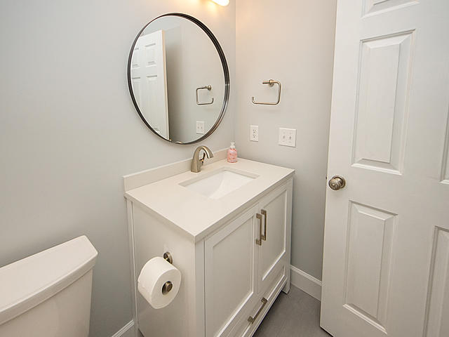 Parrot Bluff Homes For Sale - 711 Walkers Landing, Charleston, SC - 39