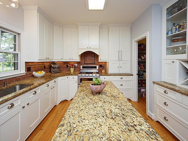 Parrot Bluff Homes For Sale - 711 Walkers Landing, Charleston, SC - 14