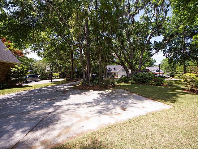 Parrot Bluff Homes For Sale - 711 Walkers Landing, Charleston, SC - 1
