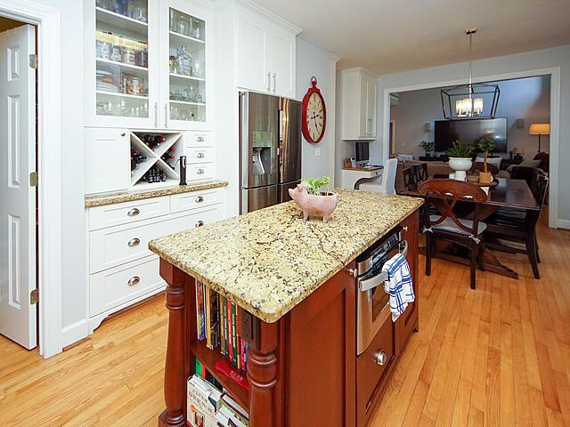Parrot Bluff Homes For Sale - 711 Walkers Landing, Charleston, SC - 15