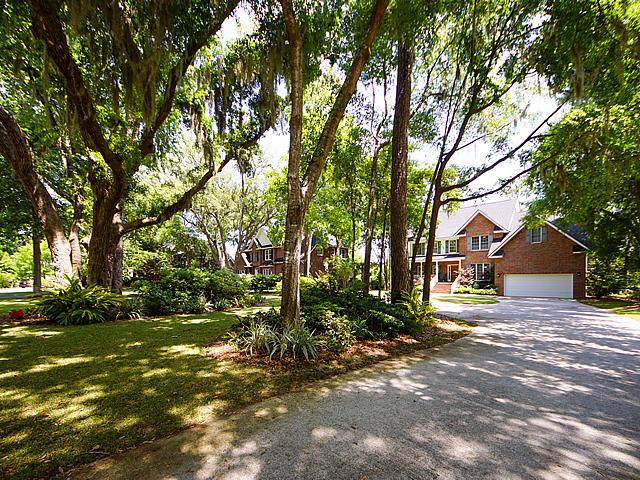 Parrot Bluff Homes For Sale - 711 Walkers Landing, Charleston, SC - 5