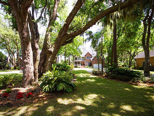 Parrot Bluff Homes For Sale - 711 Walkers Landing, Charleston, SC - 6